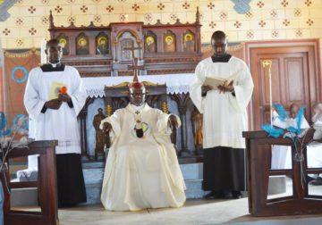 Eglise Catholique du Gabon/Acte de contrition de l'archevêque de Libreville : Mgr Basile Mvé demande pardon aux Gabonais