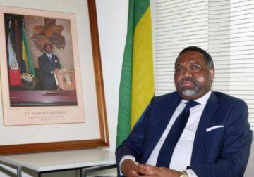 Des résistants gabonais à Paris privés de l'établissement de passeports : Enongoué confond militantisme et diplomatie