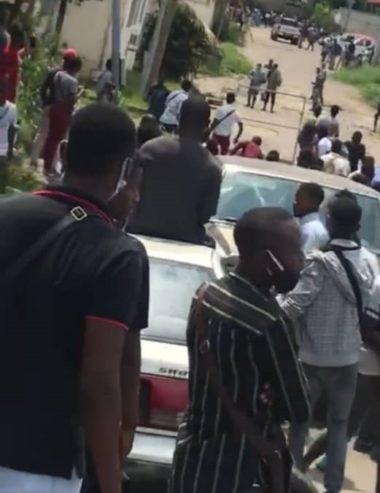 ANBG : Les étudiants de l'Uob réclament leurs bourses et la police charge, une fois de plus