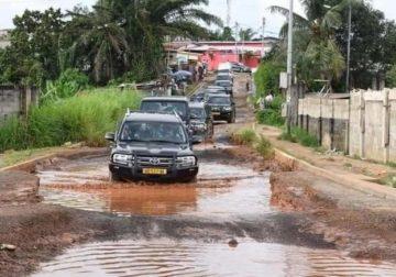 Ali Bongo visite les voiries de Libreville pour s'imprégner des réalités : Certains gabonais y voient la poudre de perlimpinpin.