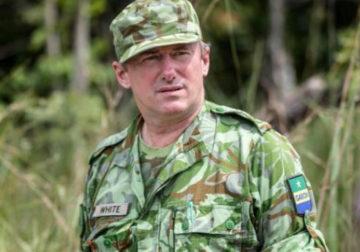Nous sommes écologiques et non écologistes/Du Bon Sauvage au bon Ecologiste : Un charlatan blanc ministre des Eaux et forêts du Gabon