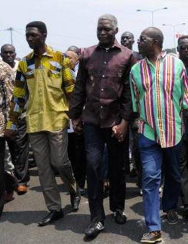 Contradiction politique au Gabon : Gervais Oniane crache sur Menga et crée son propre parti